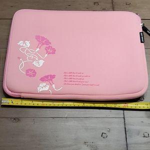 Waterproof padded laptop bag